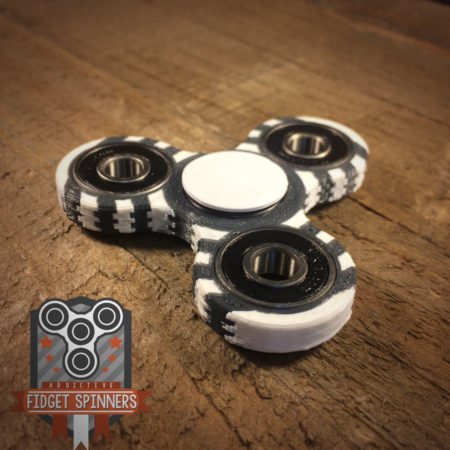 Double Colored Rings Tri Spinner